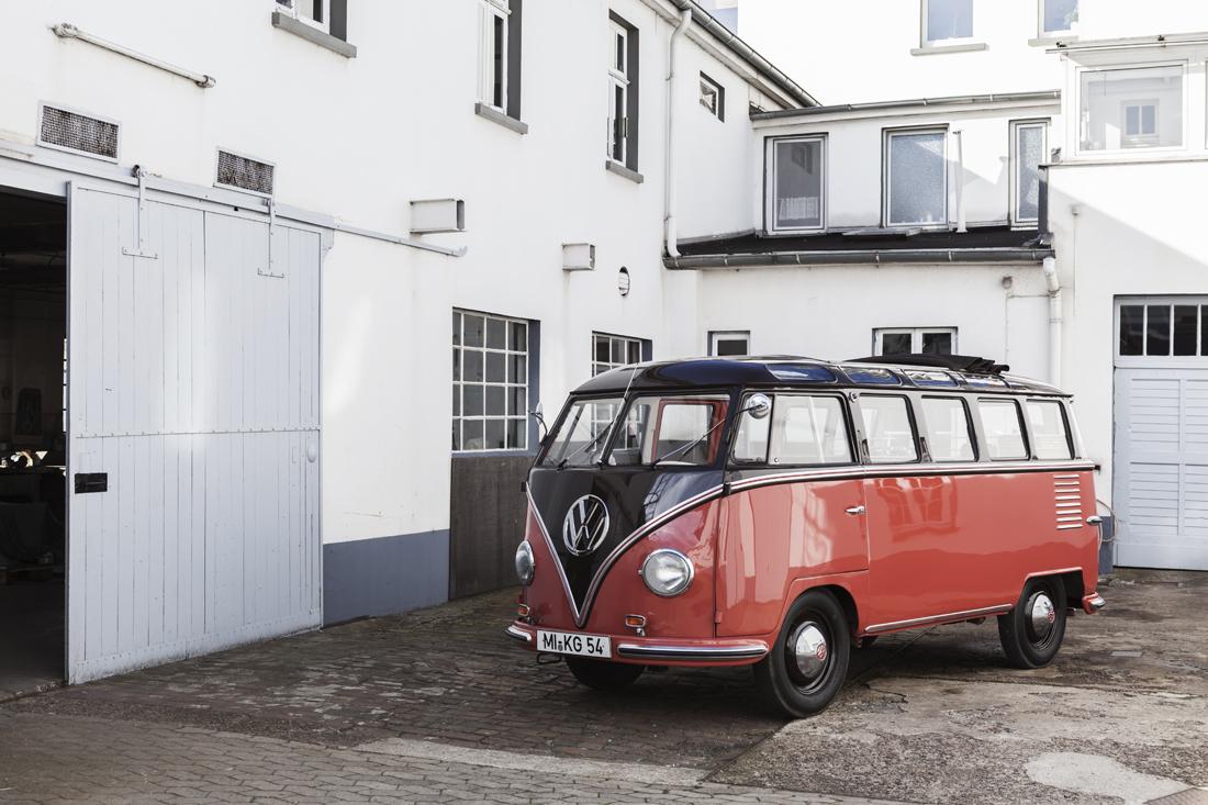 VW Typ 24 T1 Samba